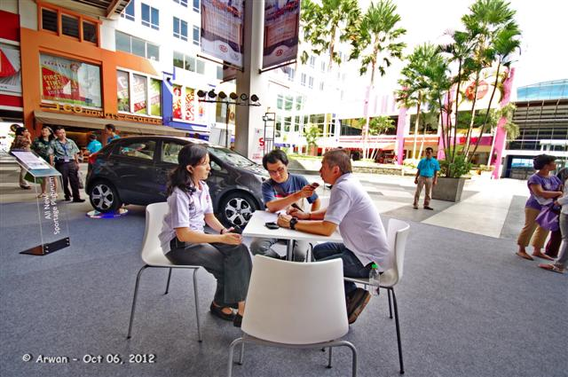 kia on tour 2012 di surabaya town square – 06 s.d. 07 oktober 2012